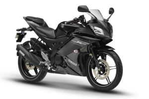 Yamaha R15 version 2.0 Mid night black color