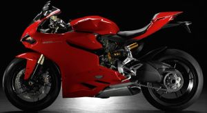 eft side view of Ducati 1199 Panigale