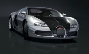 Bugattie Veyron Pur Sang front view